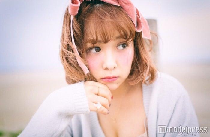 ブランドプロデューサーとして注目を集める元SKE48平松可奈子(画像提供:所属事務所)