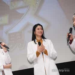 新木優子、小雪、遠山俊也 (C)モデルプレス