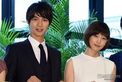 月9ドラマ「恋仲」で主演をつとめた福士蒼汰、ヒロインの本田翼【モデルプレス】