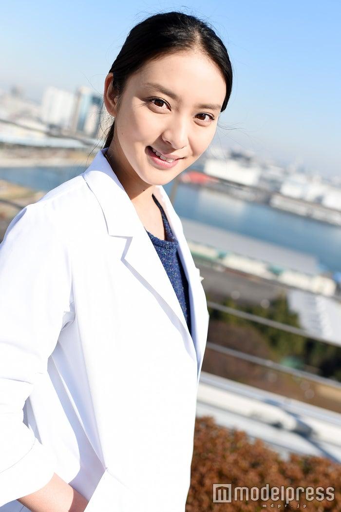 モデルプレスのインタビューに応じた武井咲(C)モデルプレス