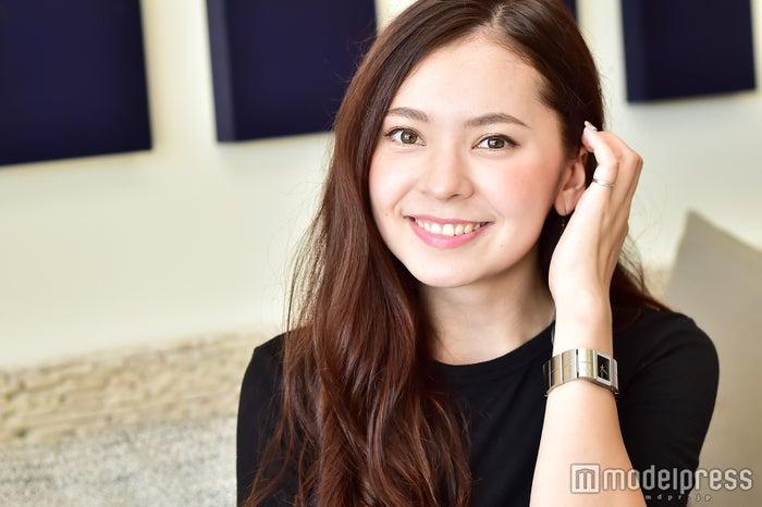 フランク奈緒美ロレイン(C)モデルプレス