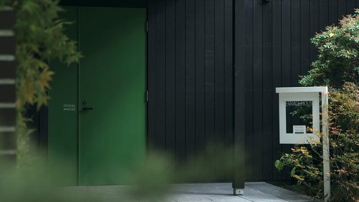 「TERRACE HOUSE OPENING NEW DOORS」(C)フジテレビ/イースト・エンタテインメント