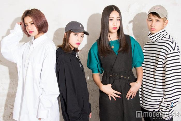 lolが興奮&困惑 「衝撃的すぎて…」スター・ウォーズの予告に隠された秘密とは<インタビュー>/(左から)hibiki、honoka、moca、佐藤友祐(C)モデルプレス
