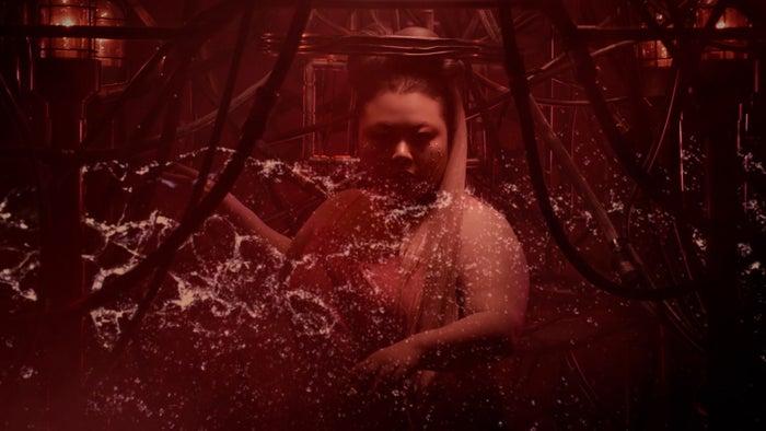 """渡辺直美 『Lady Gaga """"Rain On Me with Ariana Grande"""" Official Parody』より(C)YOSHIMOTO KOGYO CO., LTD."""