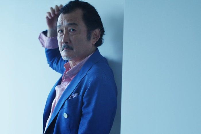 月9ドラマ『好きな人がいること』に出演した吉田鋼太郎(C)TOPLOG