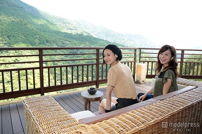 箱根吟遊/山々の絶景が見渡せる最上階のロビー