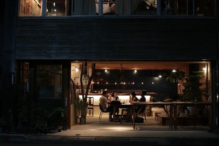 カフェスペースで地元住民の方々と貴重な交流の時間が生まれるかも/提供画像 (C)モデルプレス