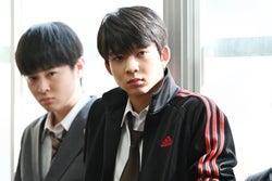 望月歩、鈴木仁/「3年A組 ―今から皆さんは、人質です―」第6話より(C)日本テレビ