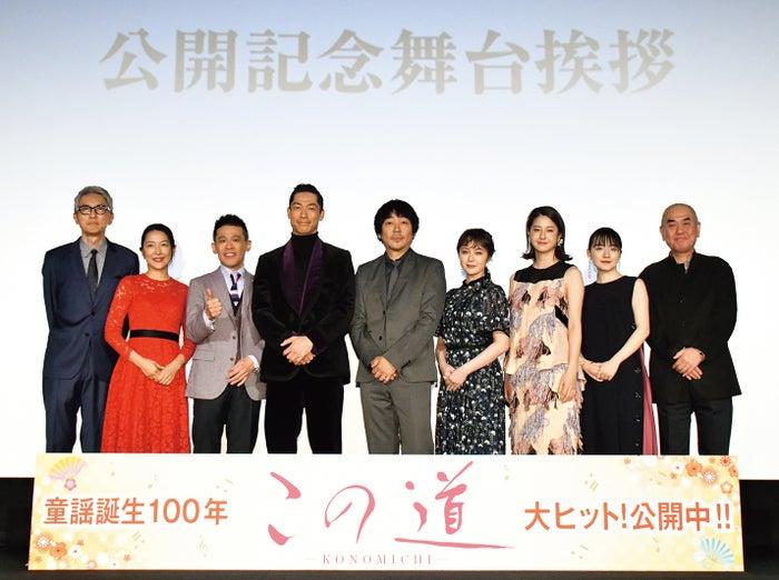 映画『この道』舞台挨拶の様子/雑誌「月刊EXILE」3月号より(画像提供:LDH)