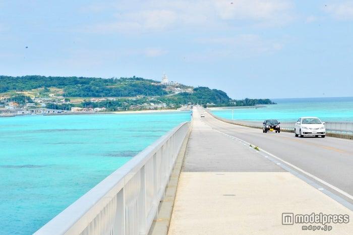 沖縄県の古宇利大橋からの景色(C)モデルプレス