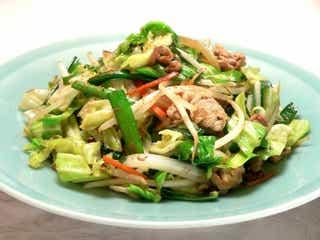 シンプルだからこそ難しい?「野菜炒め」が簡単に美味しく味付けできるレシピ&火力のコツ