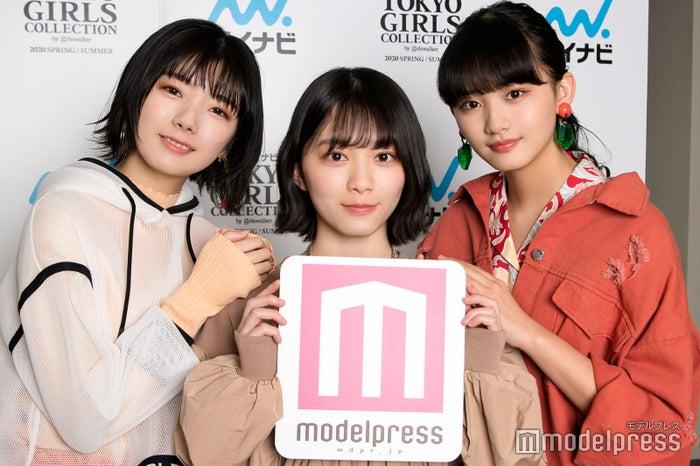 モデルプレスのインタビューに応じた藤吉夏鈴、森田ひかる、山崎天 (C)モデルプレス