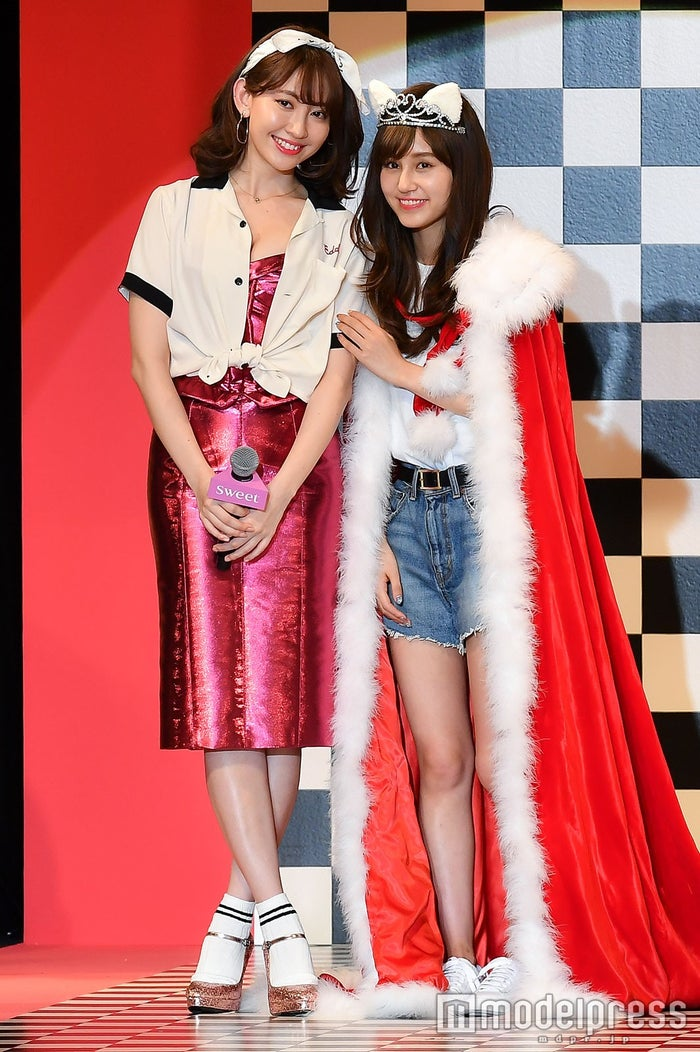 小嶋陽菜、姫野佐和子さん/日本一のファッション雑誌『sweet』(宝島社)イベントより(C)モデルプレス