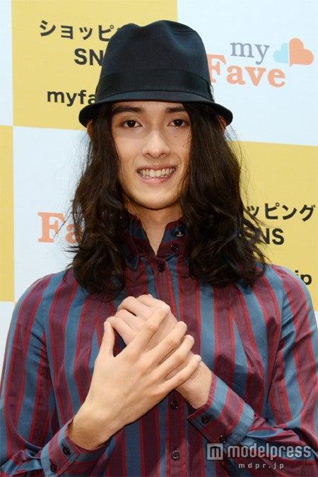 「東京ガールズコレクション 2012A/W」への出演が決定した栗原類