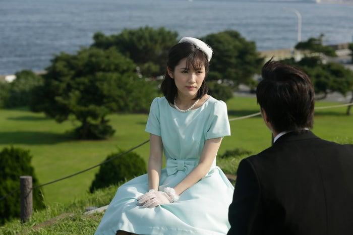 渡辺麻友(第35話「私のボディガード」)より(C)AKBラブナイト製作委員会