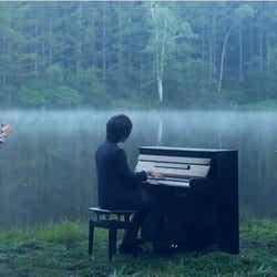 「End roll」ミュージックビデオのワンシーン