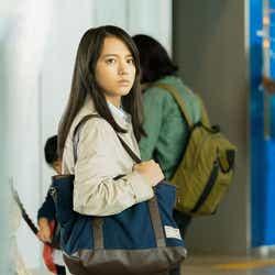 清原果耶(C)2021映画「護られなかった者たちへ」製作委員会