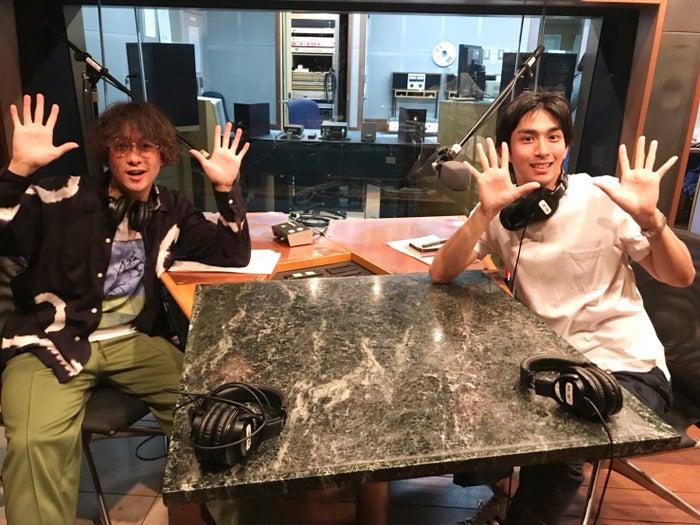 「渡部秀 アクターズ・レイディオ」に市川知宏(右)がゲスト出演(提供写真)