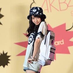 AKB48木崎ゆりあ、フレッシュ美脚披露で大歓声