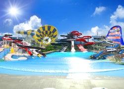 世界初巨大スライダーもお披露目!「芝政ワールド」でプール開き、ナイトプール営業も