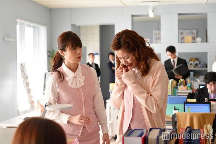 深田恭子、内藤理沙「ダメな私に恋してください」より/画像提供:TBS