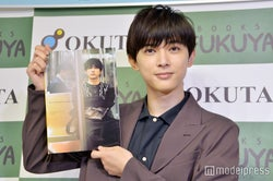 フォトブック『One day off』を発売した吉沢亮 (C)モデルプレス