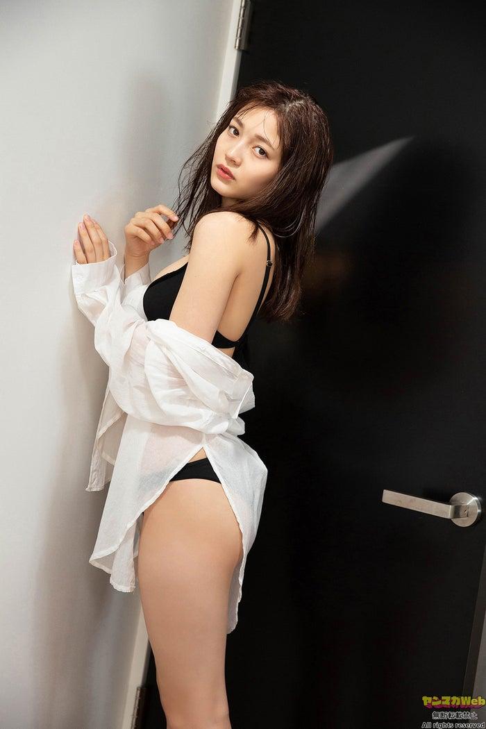 黒嵜菜々子(C)田中健児/ヤンマガWeb