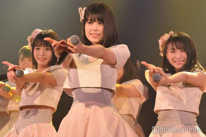 高橋彩音、吉川七瀬、坂口渚沙/AKB48チーム8「その雫は、未来へと繋がる虹になる。」公演 (C)モデルプレス