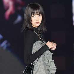 モデルプレス - 欅坂46土生瑞穂、ばっさりカットでさらにカッコ可愛く!新ヘアで登場<GirlsAward 2017 A/W>