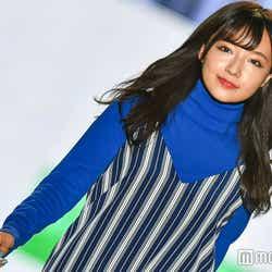 モデルプレス - NMB48村瀬紗英のランウェイに歓声 秋の大人スタイルがキュート<関コレ2017A/W>
