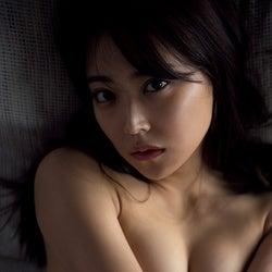 白間美瑠卒業記念写真集「REBORN」撮影:アンディ・チャオ(提供写真)