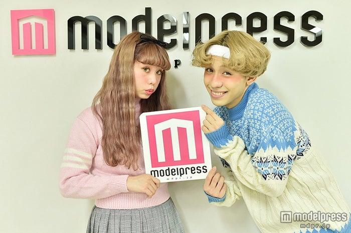 ぺこちゃん&りゅうちぇるがモデルプレスに来社(2015年)/(C)モデルプレス