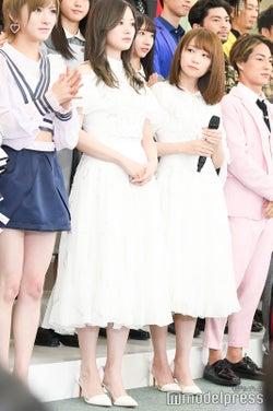 白石麻衣、秋元真夏 (C)モデルプレス