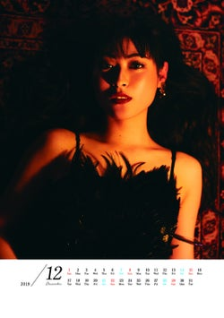 モデルプレス - 瀧本美織、艶っぽく妖艶なショーガールに 過去の出演作品をオマージュ