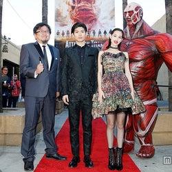 三浦春馬&水原希子、ハリウッドに降臨 英語で熱い思いを伝える