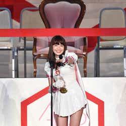 モデルプレス - 小嶋陽菜、AKB48卒業を発表<第8回AKB48選抜総選挙>
