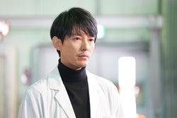 藤木直人/「イノセンス~冤罪弁護士~」第1話より(C)日本テレビ