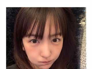 板野友美、セルフカットでぱっつん前髪にイメチェン「可愛すぎ」「めちゃくちゃ似合う」