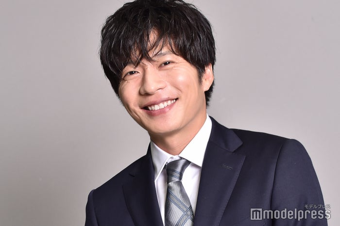 田中圭「先生を消す方程式。」インタビュー>キャリア20年で「普通じゃない」新たな挑戦「今まで見たことのない田中圭」 - モデルプレス