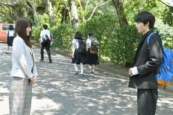 有村架純、岡田健史/「中学聖日記」第2話より(C)TBS
