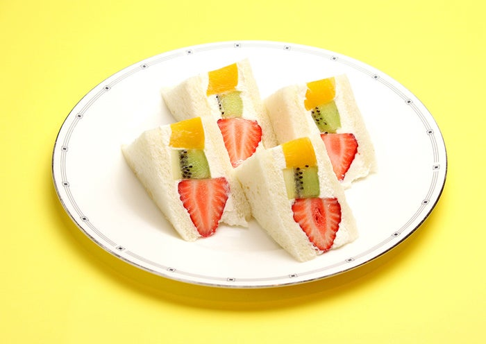 ミックスフルーツ サンド ¥1,180/画像提供:LIFEstyle