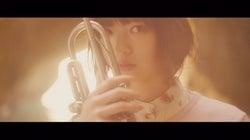 """平手友梨奈ら欅坂46、個性溢れる""""個人PV""""公開 けやき坂46もペア・トリオで登場"""