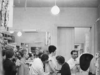 「バレンシアガ」 52年ぶりにオートクチュールコレクション再開を発表