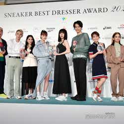 (左から)鈴木努氏、レイザーラモンRG、よしあき&ミチ、emma、池田エライザ、杉野遥亮、鈴木奈々、YURINO、アントニー(C)モデルプレス