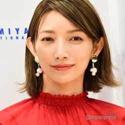 モデルプレス - 後藤真希、AKB48とコラボで堂々センター 「現役感すごすぎ」と反響殺到