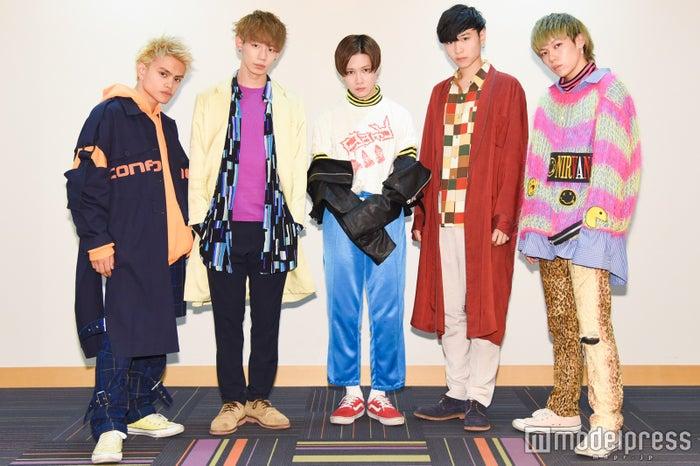 (左から)REIJI、MARK、TATSUKI、MASAHARU、JUDAI(C)モデルプレス
