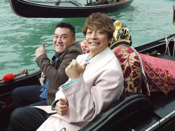 「おじゃMAP!!」最終回で初の二人旅イタリアへ(左から)山崎弘也、香取慎吾(C)フジテレビ