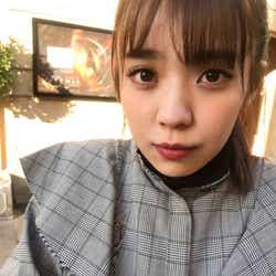 小林由依 写真集オフショット(提供写真)