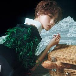 平手友梨奈、7色のロマンティック披露 今までとは異なるスタイルに