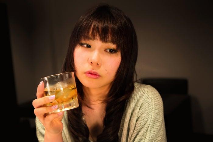 かわいくてもお断り!合コンでされたら幻滅する女性の行動5つ/Photo by ぱくたそ